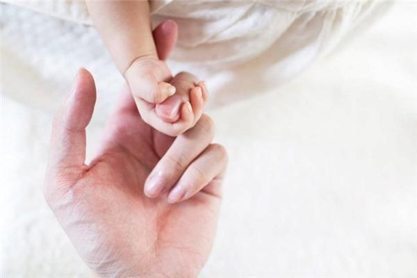 Làm bố của con gái là một món quà tuyệt vời! (Ảnh: Internet)
