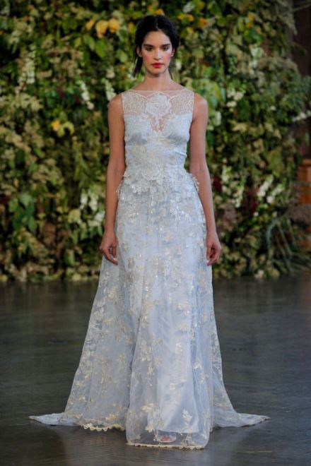 7 mốt váy cưới 1