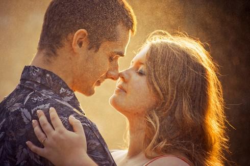 Yêu nhau chứ không phải làm nô lệ của nhau.