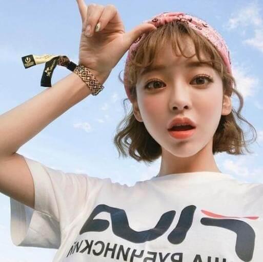 Kiểu tóc Hàn Quốc mái thưa cá tính