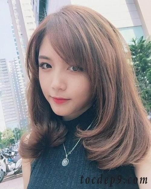 Kiểu tóc mái xéo 2