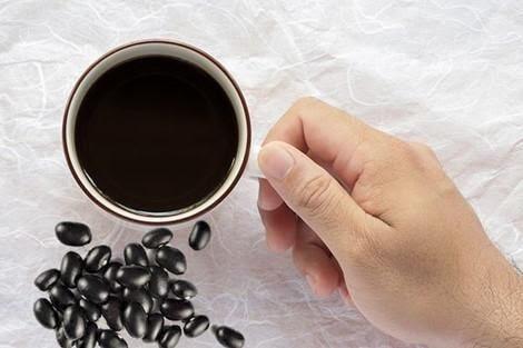 Uống nước đậu đen hàng ngày