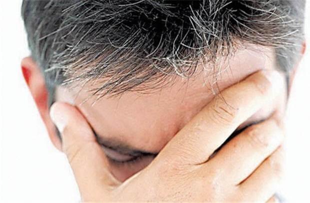 Thủ phạm gây ra tóc bạc sớm