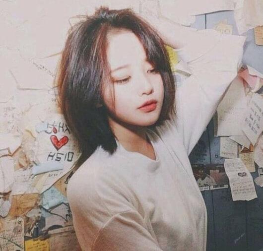 Kiểu tóc uốn cụp đuôi Hàn Quốc 3