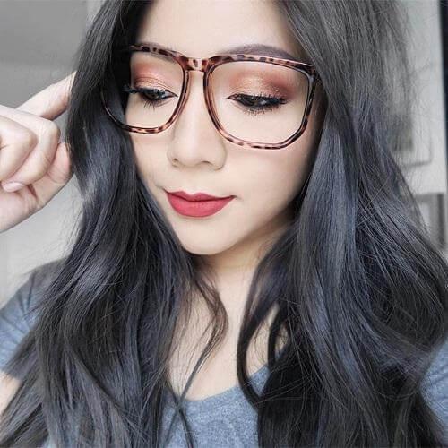 Tóc màu xám đen cực kỳ đơn giản mà tinh tế