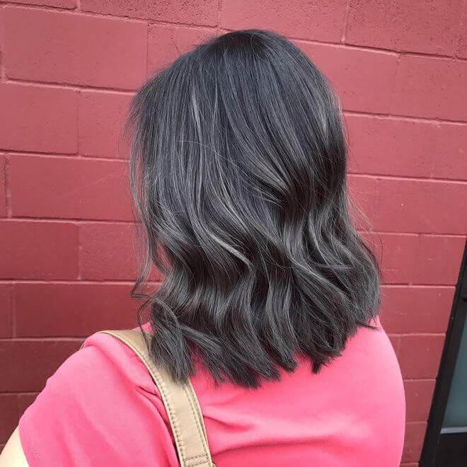Mái tóc màu xám chì đang ngày được yêu thích
