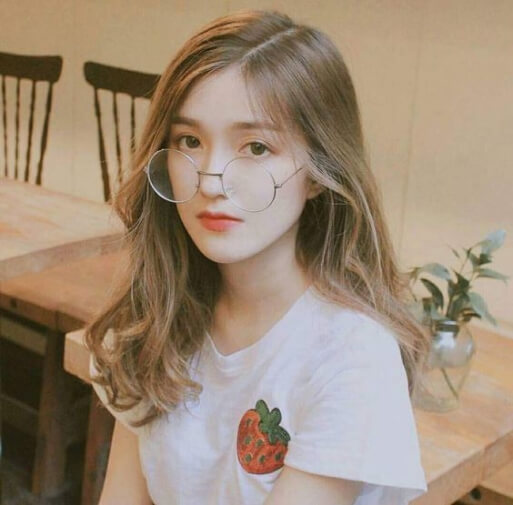 Kiểu tóc dài Hàn Quốc uốn nhẹ
